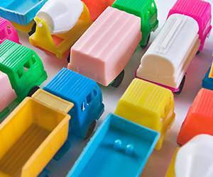 Spielauto bei Toys R Us