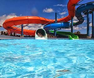 Schwimmbecken bei Center Parcs